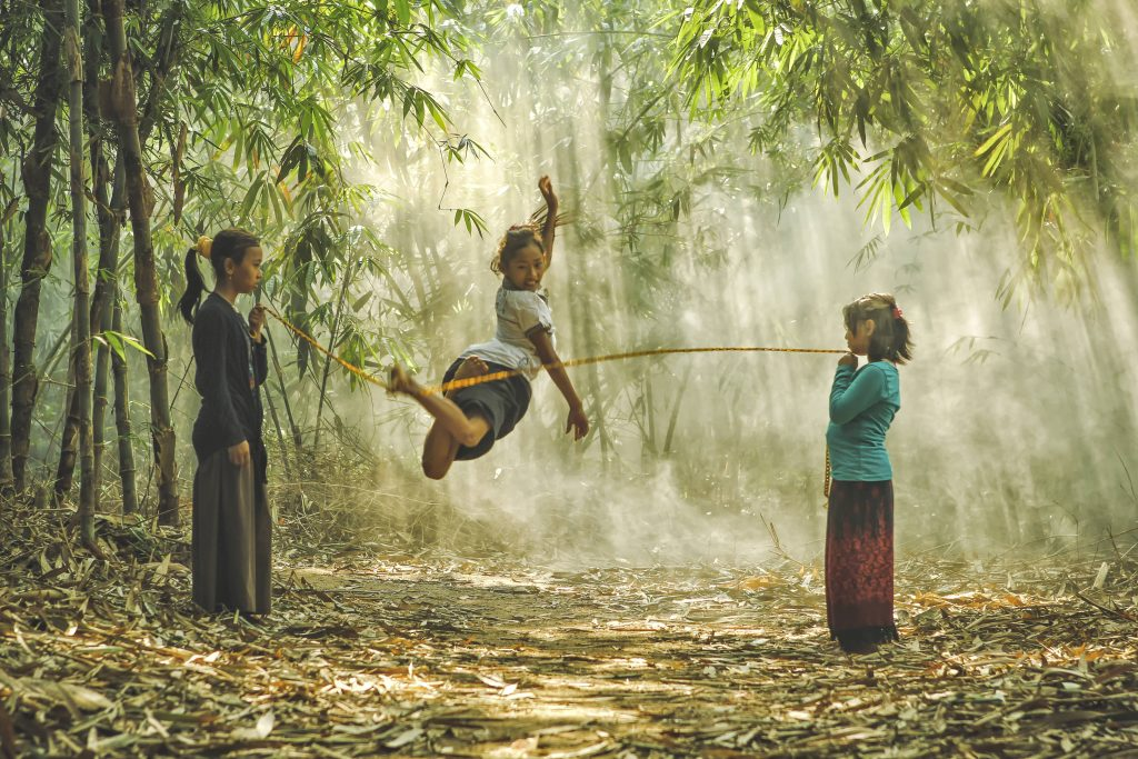 Dikye Ariani, The Village.