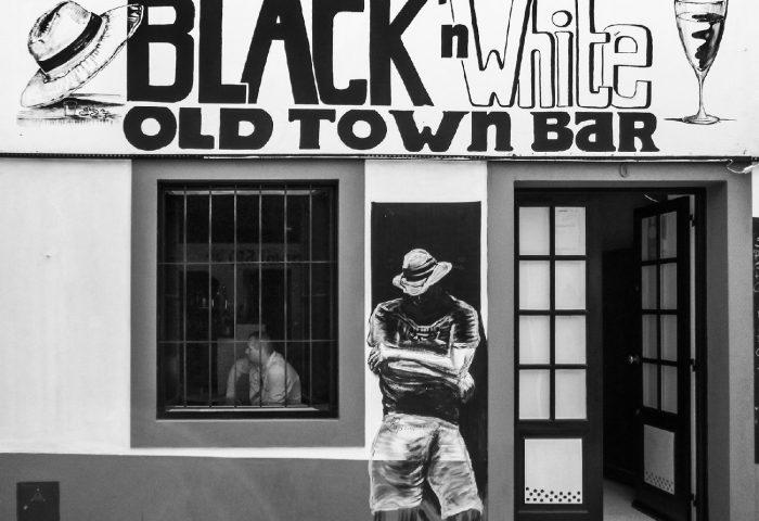 Black-and-White_David-Miller_Funchal-Madeira.jpg